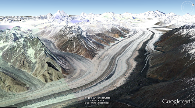 Flowing Siachen glacier- Image by google Earth from an altitude of 14952ft