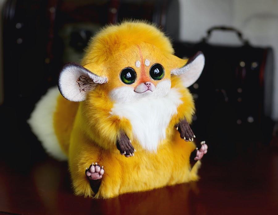 02-Inari-Foxes-Gold-Tiny-Griffins-Santani-www-designstack-co