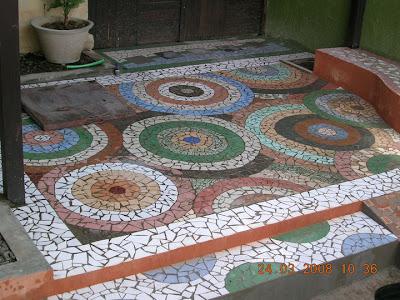 Tukang Bangunan  Tukang Keramik