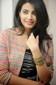 Kavya Shetty New Photos Gallery-thumbnail-4