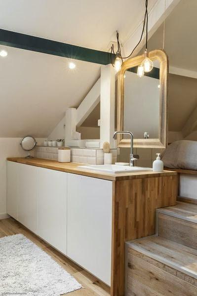 Home challenge les combles for Meuble de salle de bain avec lavabo