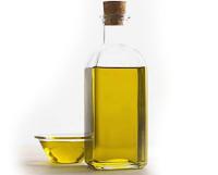 ستّة أغذية الأكثر زيادة للوزن  Huile-d-olive%5B1%5D