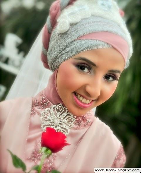 Model 3. Tips Memilih Bahan Hijab Modern untuk Pengantin image