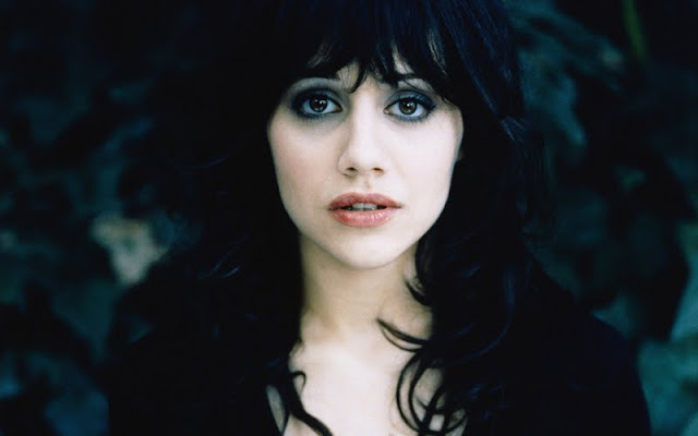 Brittany Murphy  have a beautiful face