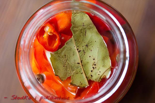 Marynowana papryka z papryką chili