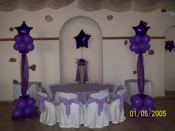 Imagenes de adornos con globos para quince anos imagui for Globos para quince anos