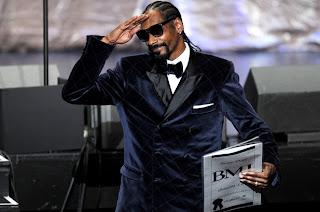 News // Snoop Dogg Aux BMI Urban Awards