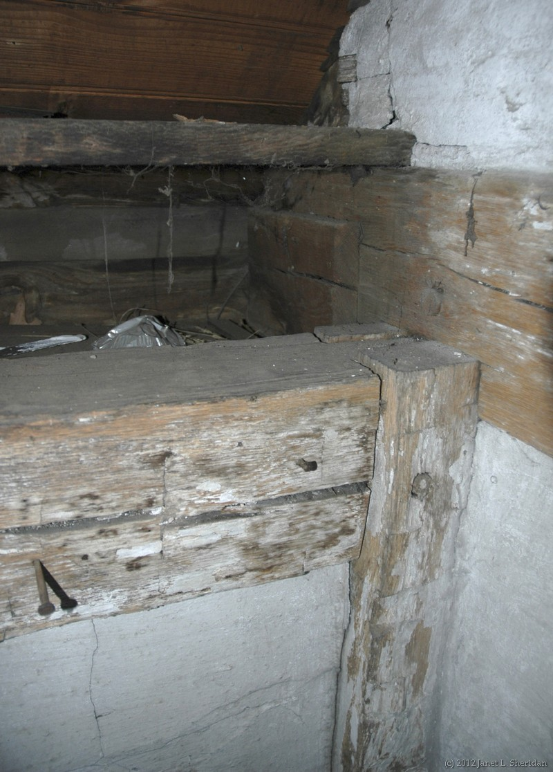 hewn frame post plate and wall tie in the watson house