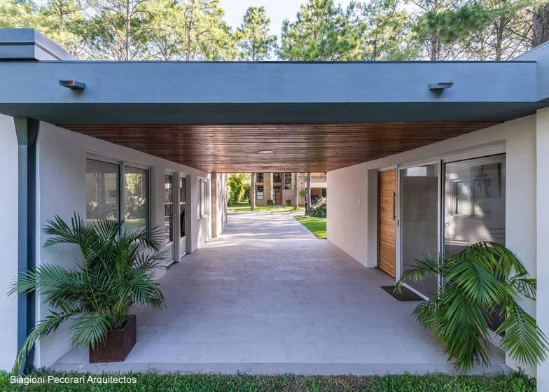 Arquitectura de casas casa de campo de ladrillos ampliada - Entradas de casas de campo ...