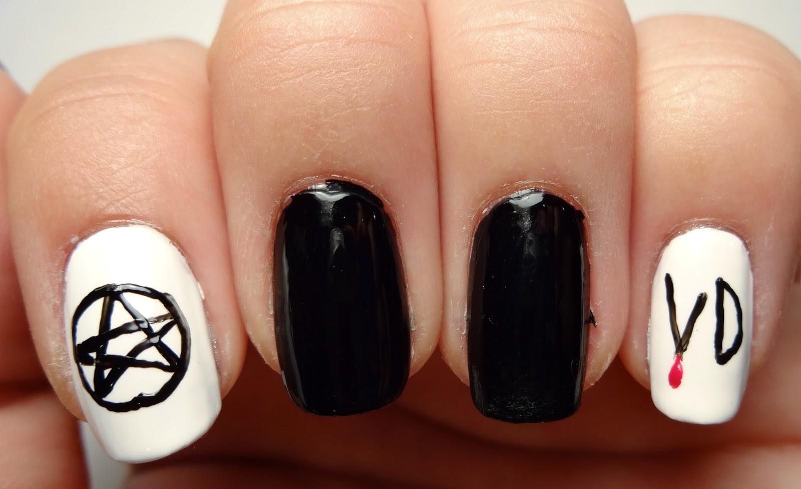 Vampire Diaries Logo Nail