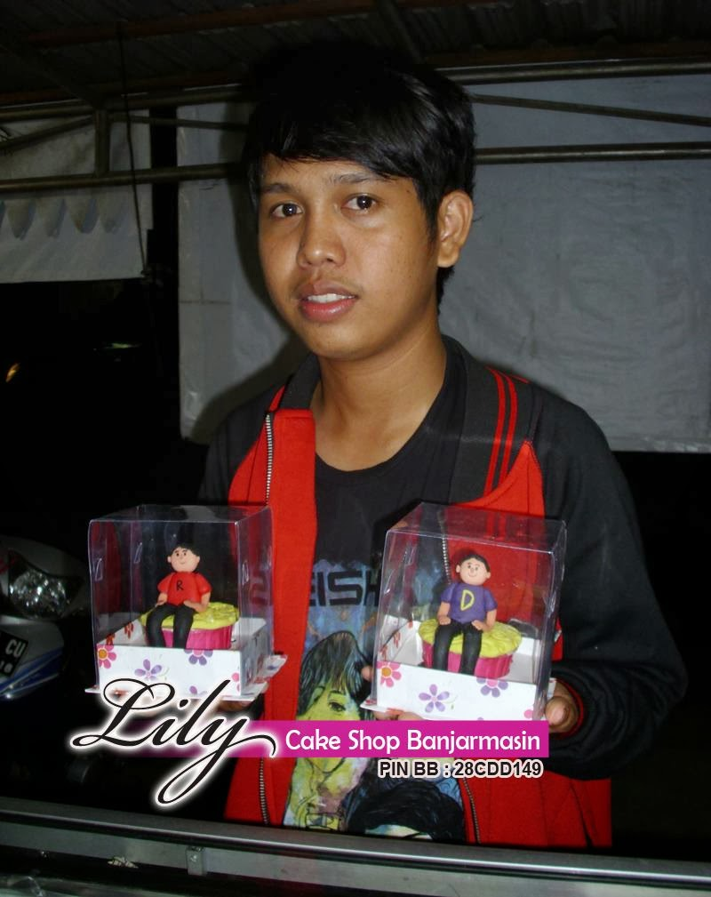 Lily Cake Shop Banjarmasin: KUE UNTUK ARTIS/SELEBRITIS