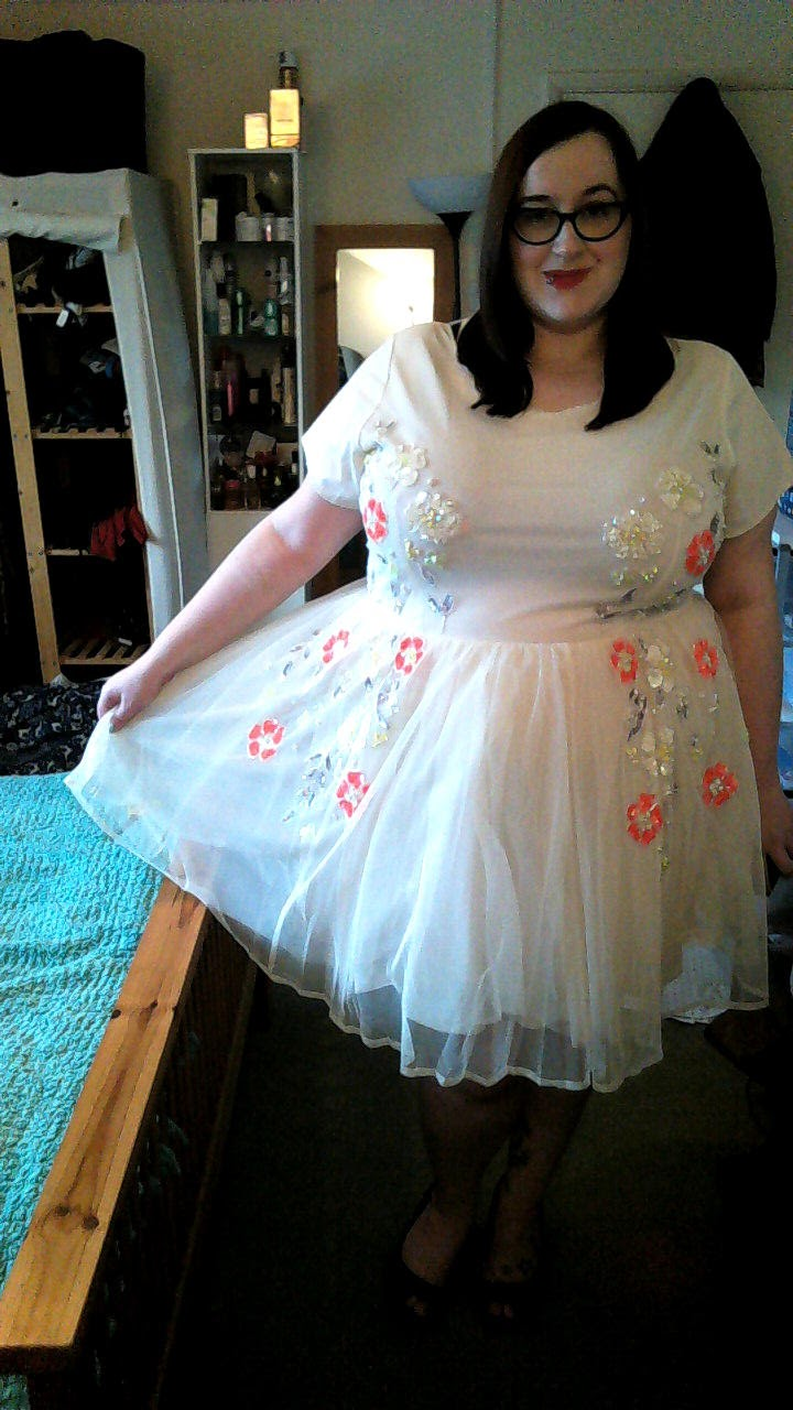 12 days of christmas dresses day 2 does my blog make me look fat