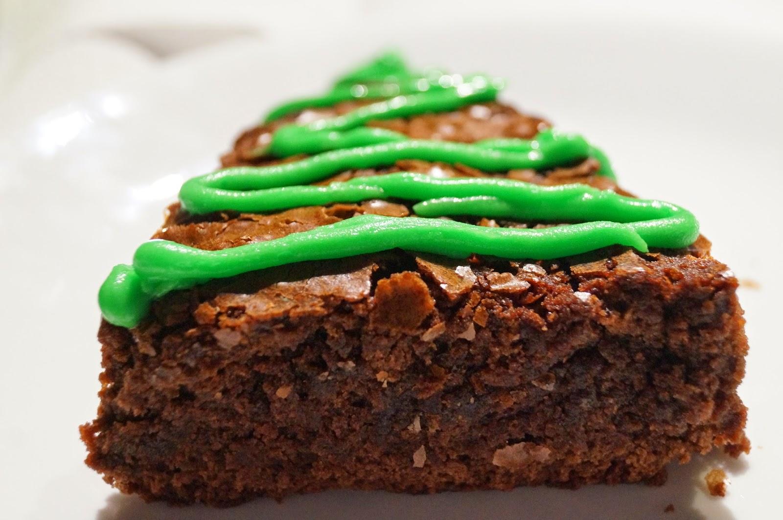 DIY: Christmas Tree Brownies