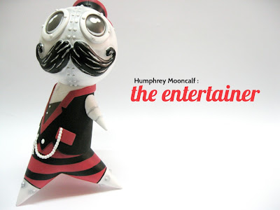 Humphrey Mooncalf: The Entertainer Edition Vinyl Figure by Doktor A