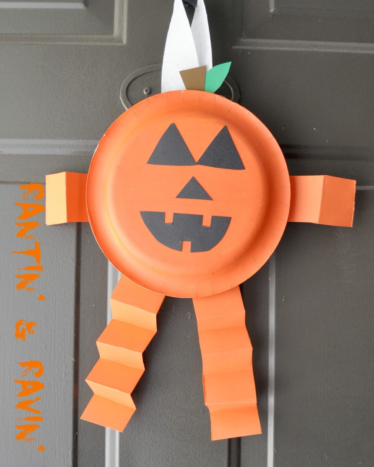 Paper Plate Ghosts My little guy had a fun time making this ghost! He\u0027s been asking for a long time to make one so we sat down last week and did it! & Rantin\u0027 \u0026 Ravin\u0027: HALLOWEEN KID CRAFTS!!!