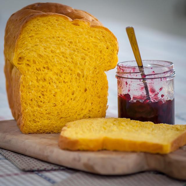 dýňový toustový chléb