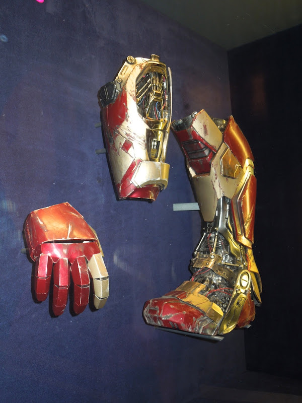 Iron Man 3 boot gauntlet
