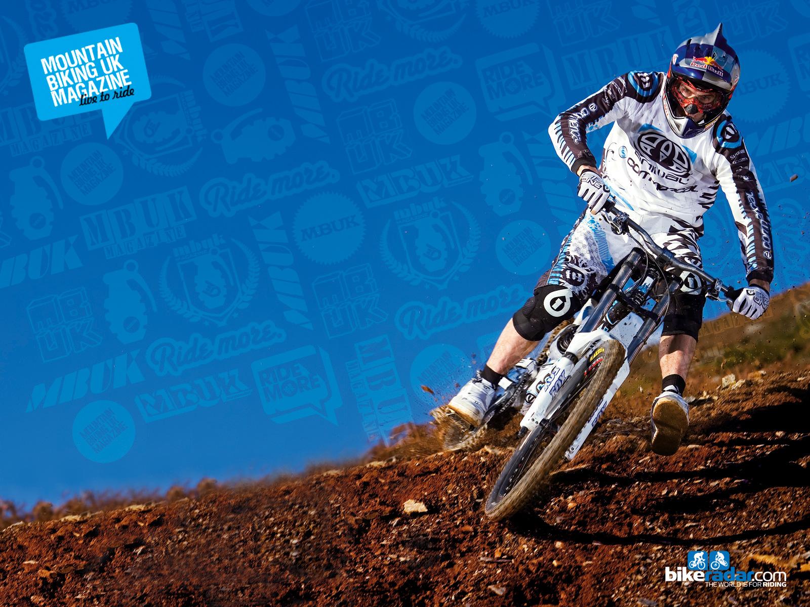 http://1.bp.blogspot.com/-9AI7b4F5q38/UCy1CtWqjVI/AAAAAAAAAIo/gXSaF_DAbk8/s1600/stunt-hd-mountain-bike-909868.jpg