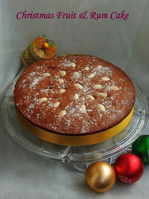Old fashioned christmas fruit cake
