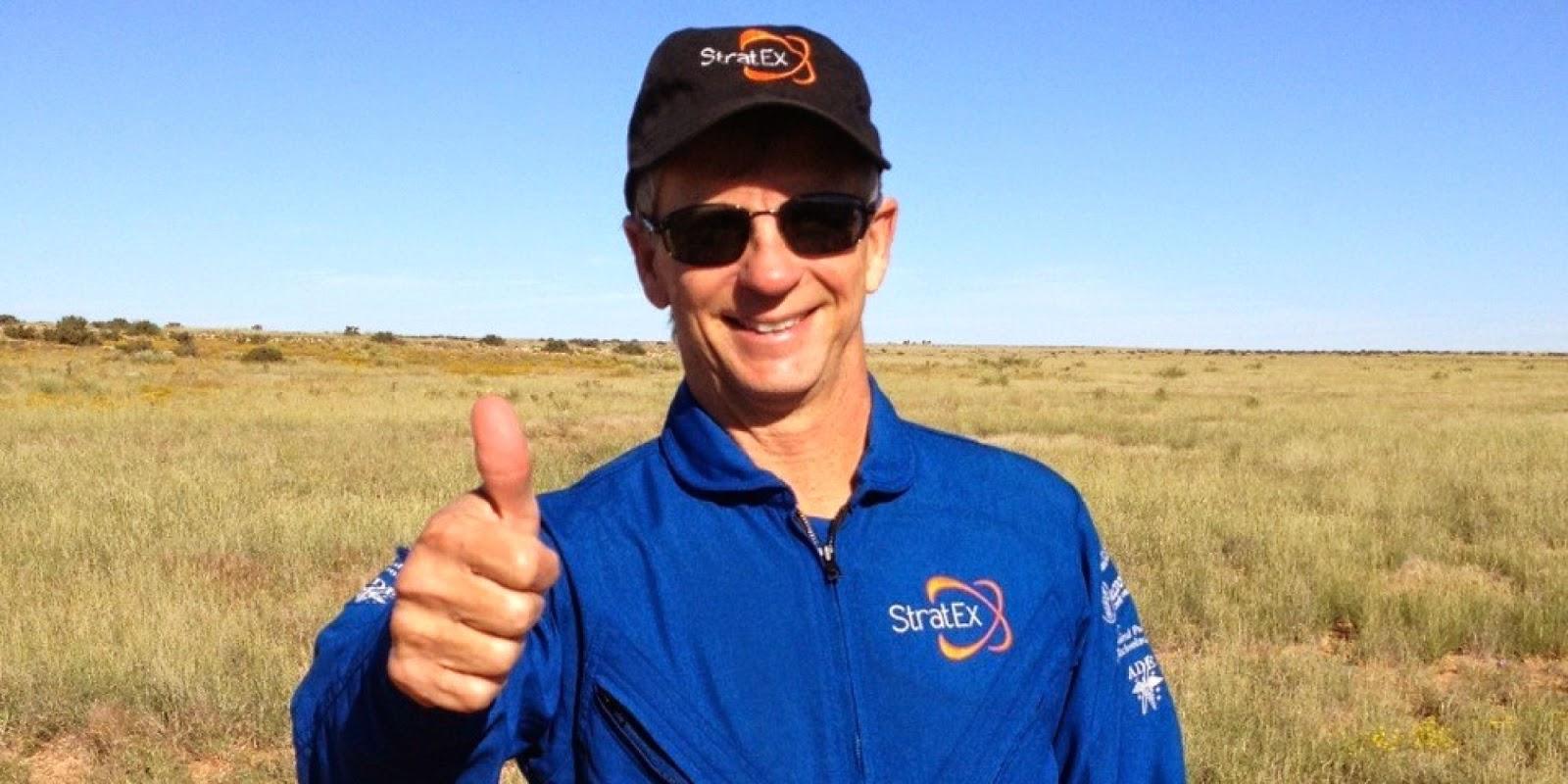 Alan Eustace Cipta Rekod Terjunan Tertinggi di Dunia 41148 meter