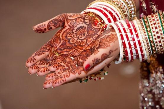 mehndi designs for indian brides for hands 2012. Black Bedroom Furniture Sets. Home Design Ideas