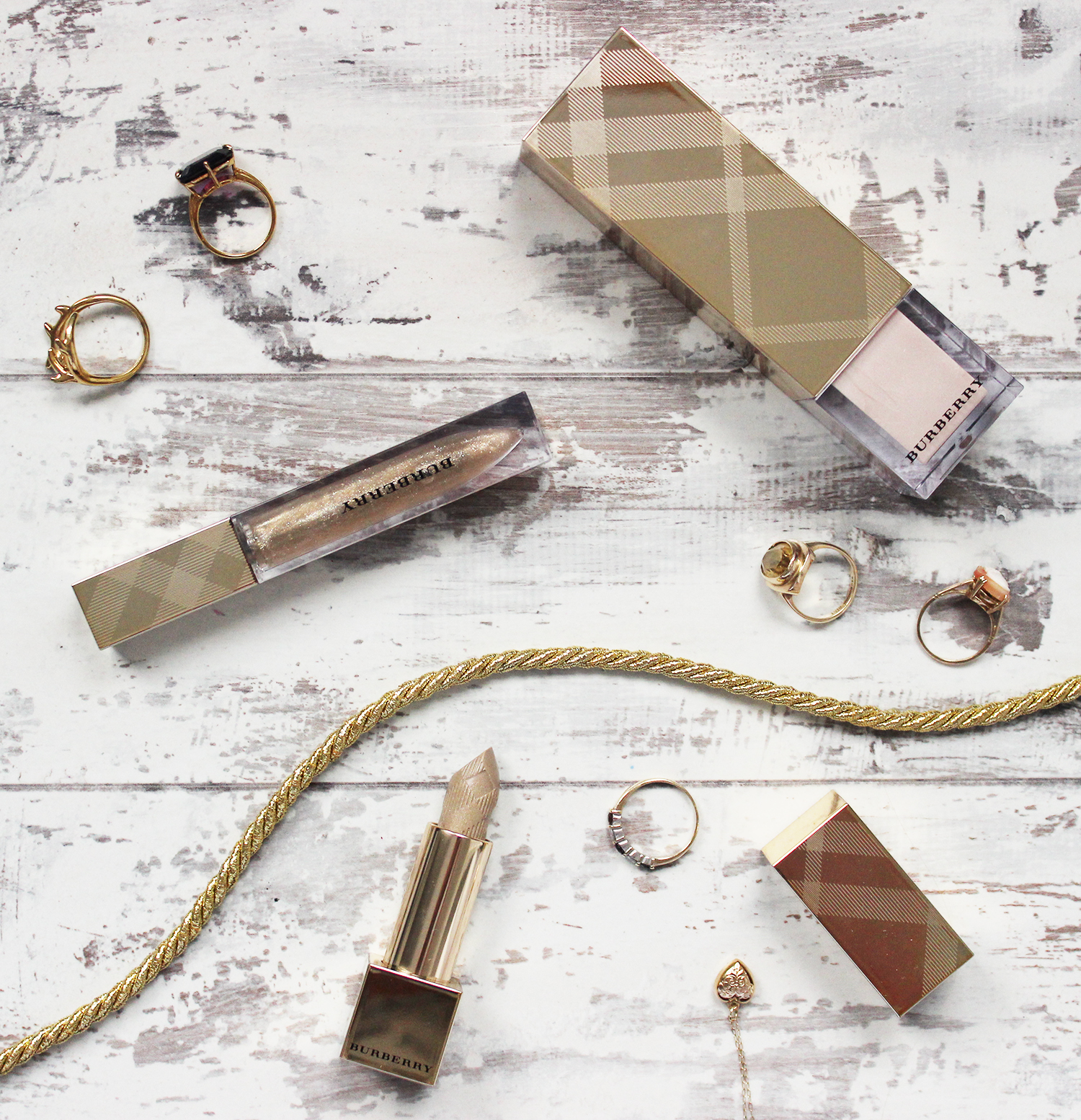 Burberry Festive Gold makeup collection review