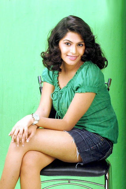 Actress Sonu Latest Hot Photos