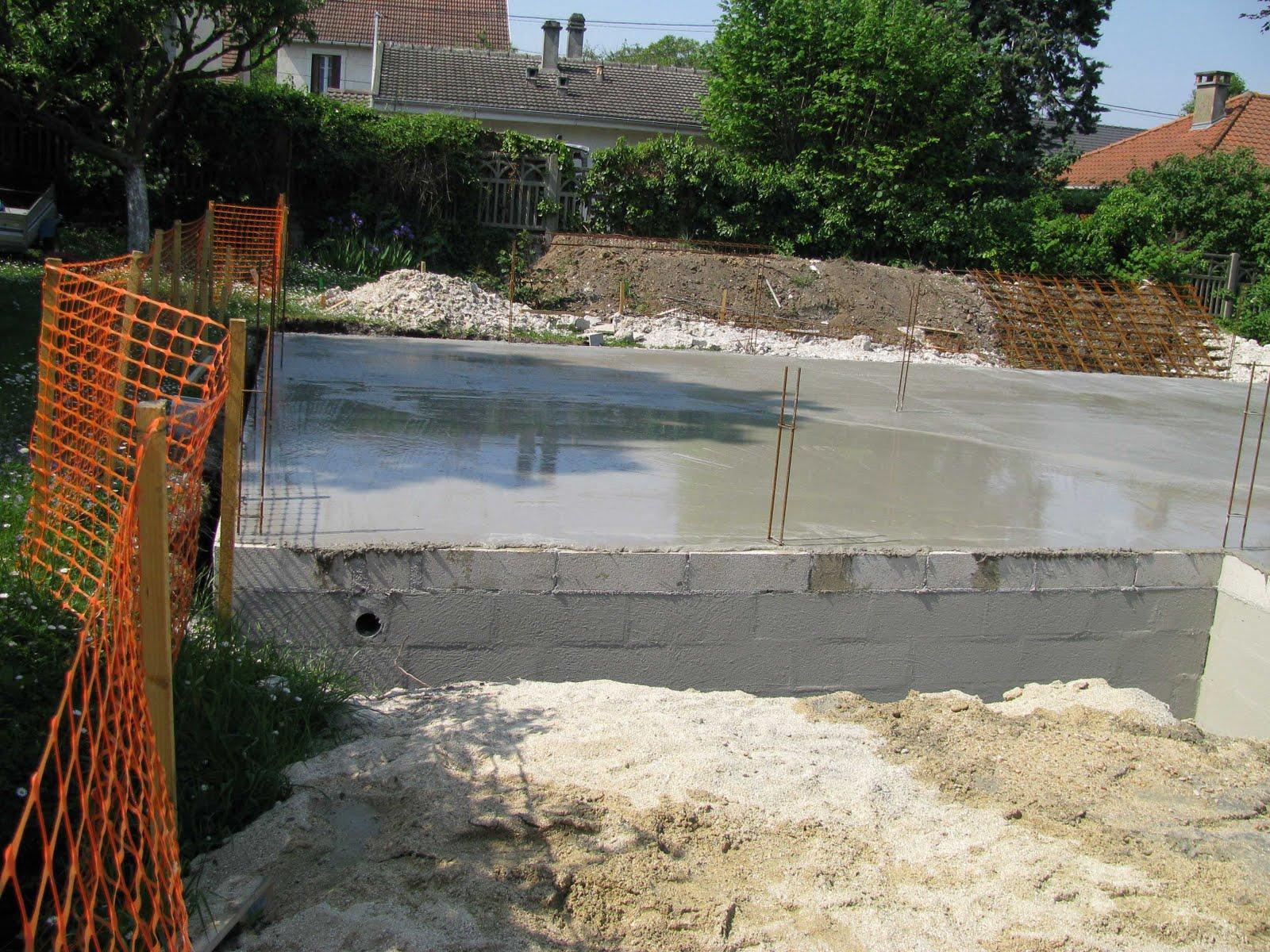 Je fais construire ma maison coulage du plancher 2 2 for Coulage plancher
