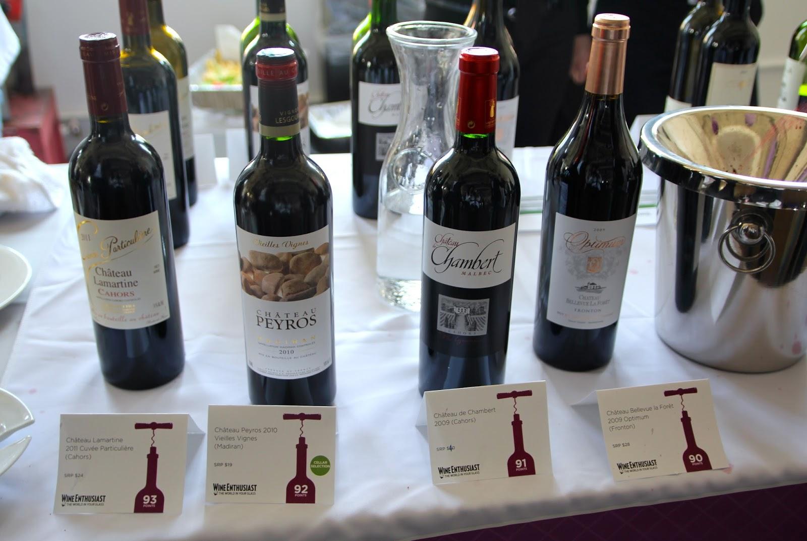 le club francais du vin Le club français du vin, leader historique de la vente de vin par correspondance en france, poursuit sa dynamique de croissance et reprend l'activité mon caviste à la maison, qui organise des dégustations-ventes de vin au domicile de clients particuliers.