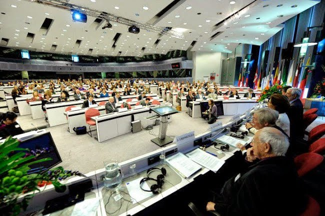 2010*50Years of Traineeships at the European Commission*