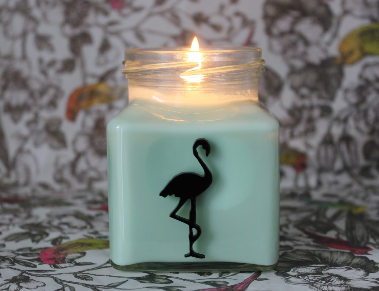 Flamingo Candles Cinnamon appleberry candle