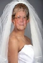 http://1.bp.blogspot.com/-9B5iVdQ-O0Q/T1N_msWqUXI/AAAAAAAATSI/jNOUPx4RqQ8/s1600/Wedding-Veils%20copyMA28746906-0035MA28954870-0035.jpg