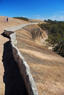 Wave Rock at Hyden, Australia Seen On www.coolpicturegallery.us