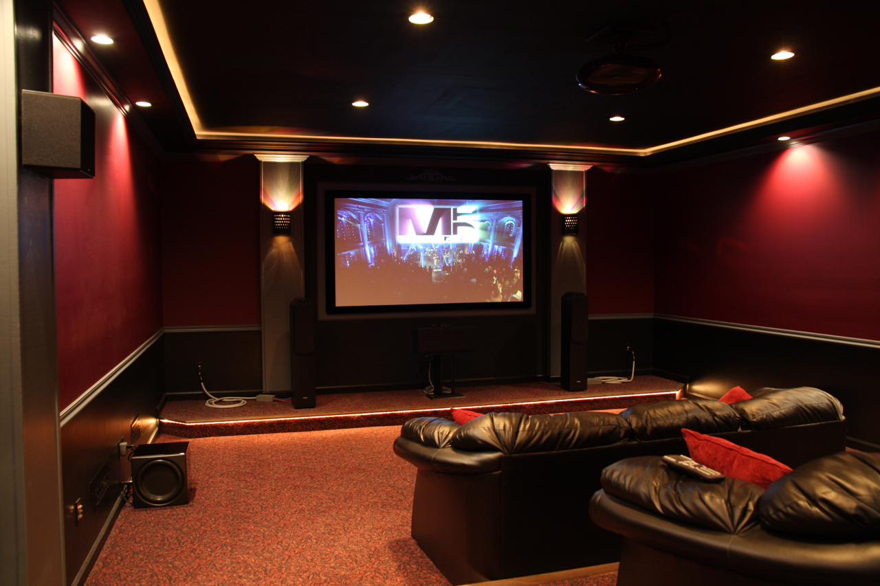 LAOROSA | DESIGNJUNKY: Home Movie Theater Renovations 30 Pics
