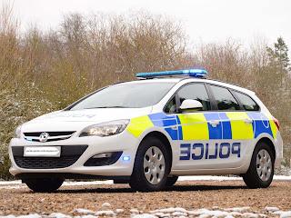 mobil balap polisi