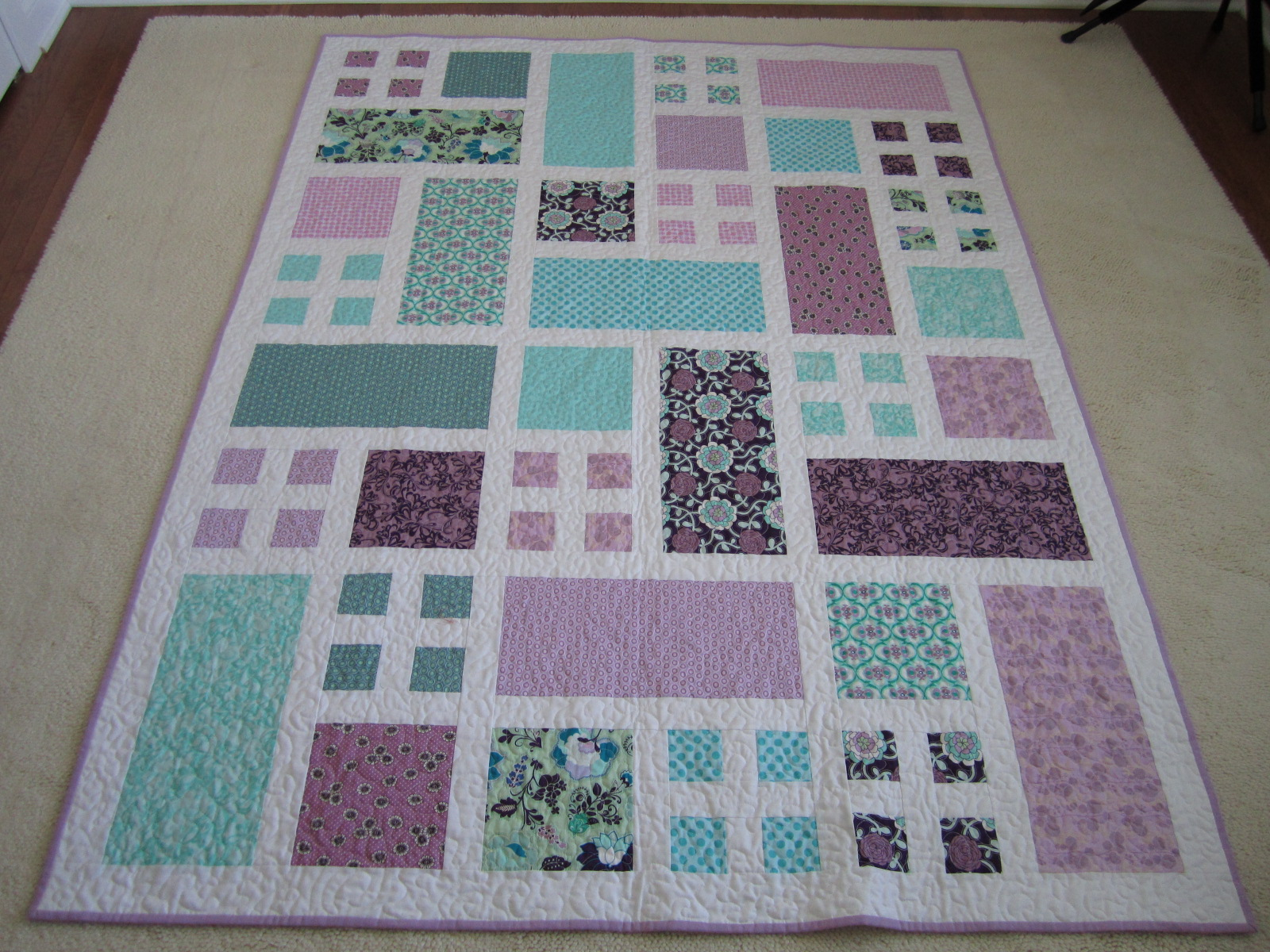 Easy Quilt Patterns For Graduation : Northern Deb Quilts: Angie s Graduation Quilt