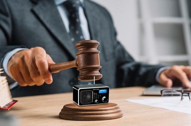 EL CULEBRÓN LEGAL DE LA DAB EN ESPAÑA