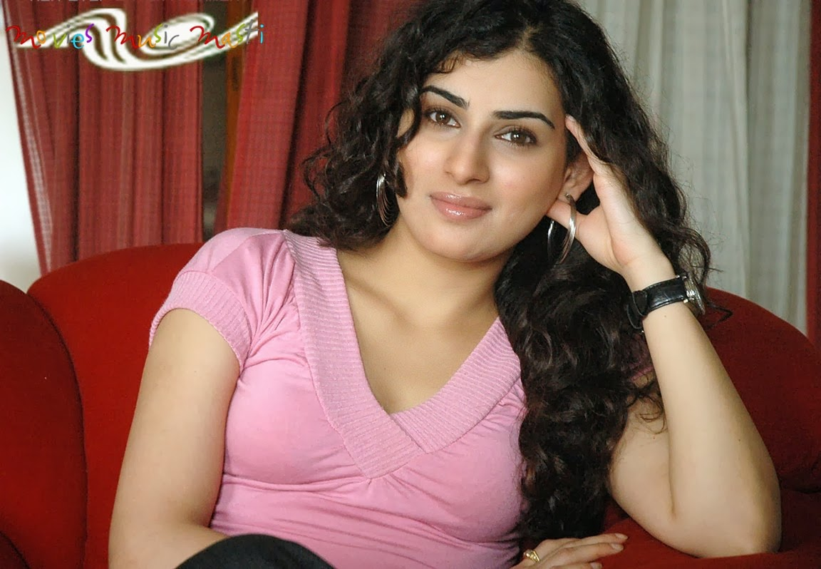 Archana Latest Hair Style
