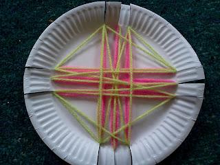 Flame creative children 39 s ministry prayer weaving - Decoratie volwassenen kamers ...
