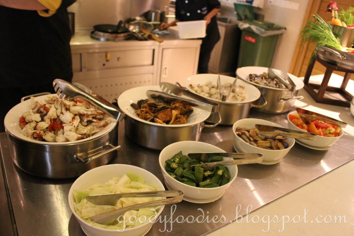 GoodyFoodies Seafood Buffet Dinner The Eatery Four Points By Sheraton Puchong