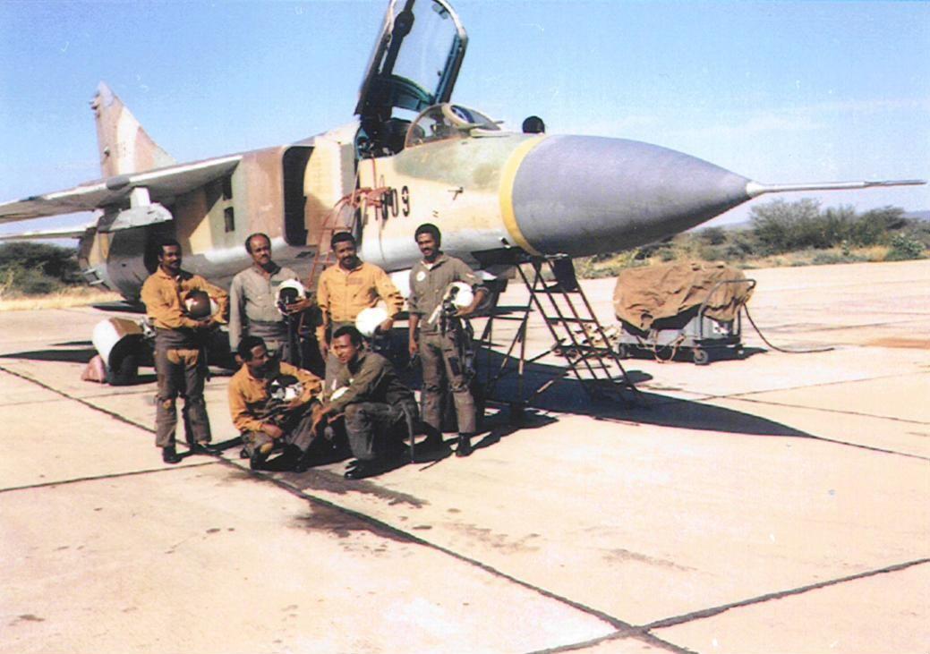 """سد النهضة الاثيوبي """" ملف شامل """" الجزء الثاني: الخيار العسكري ( موضوع فريق فرسان المجد ) - صفحة 3 Ethiopian+MIG-23ML-2"""