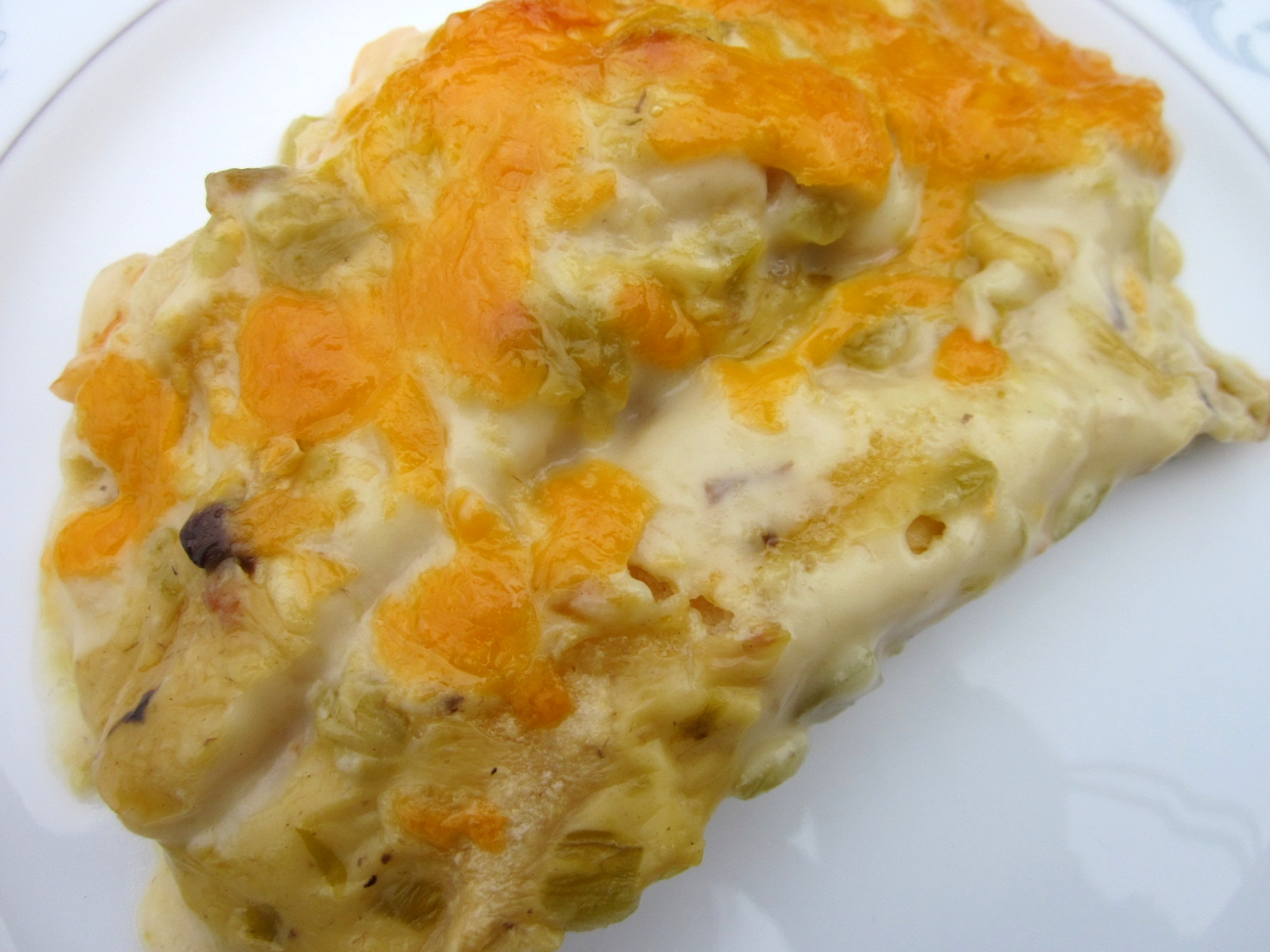 delightful country cookin': sour cream chicken enchiladas
