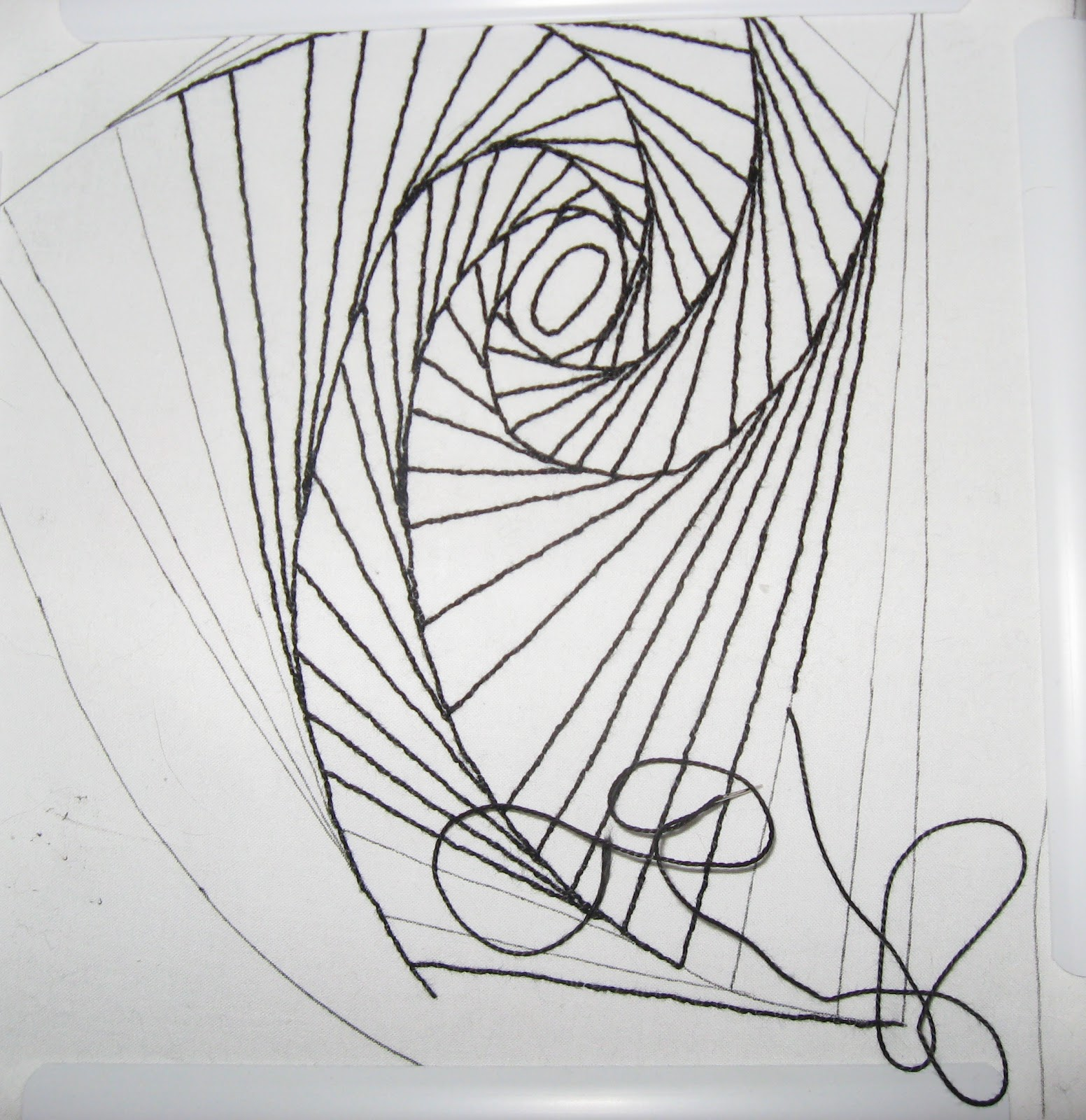 Line Drawing Embroidery : Quilter beth s an update shows and current work