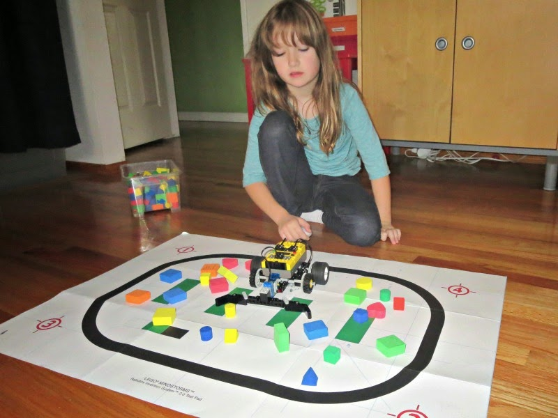 Tinkering with Lego Mindstorms