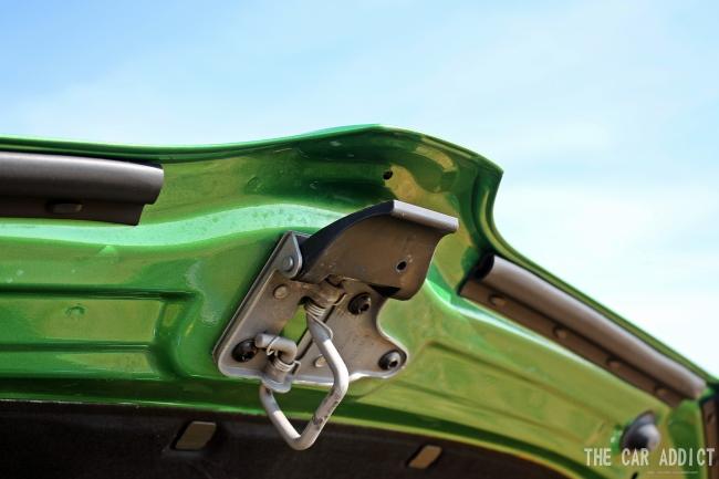 Skoda Octavia RS Open Hood