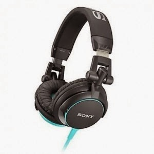 Snapdeal: Buy Sony Mdr-V55 Headphone at Rs.2384
