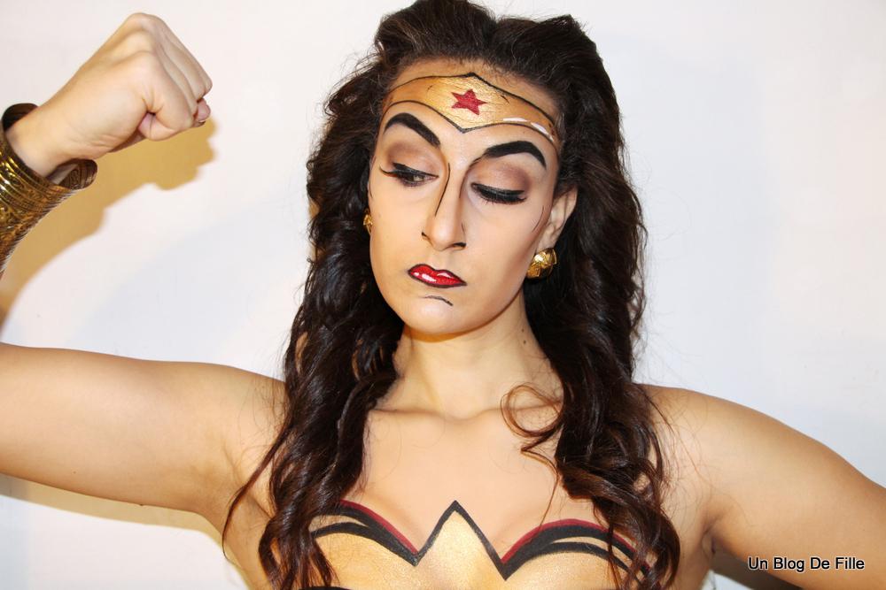 Comme vous pouvez le voir, j\\u0027ai fait le maquillage de Wonder Woman,