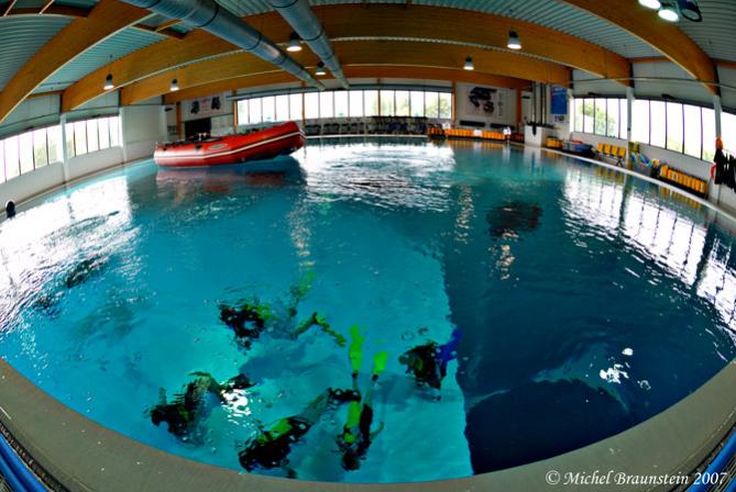 Fatos curiosos qual a piscina mais funda do mundo - Fundas para piscinas ...