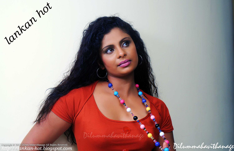 sri lankan girl pussy blood