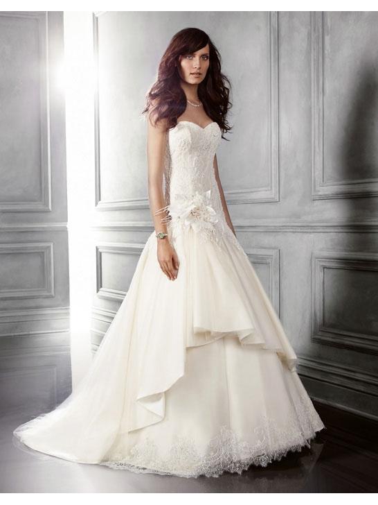 Brautkleider Kaufen Online De: April 2012